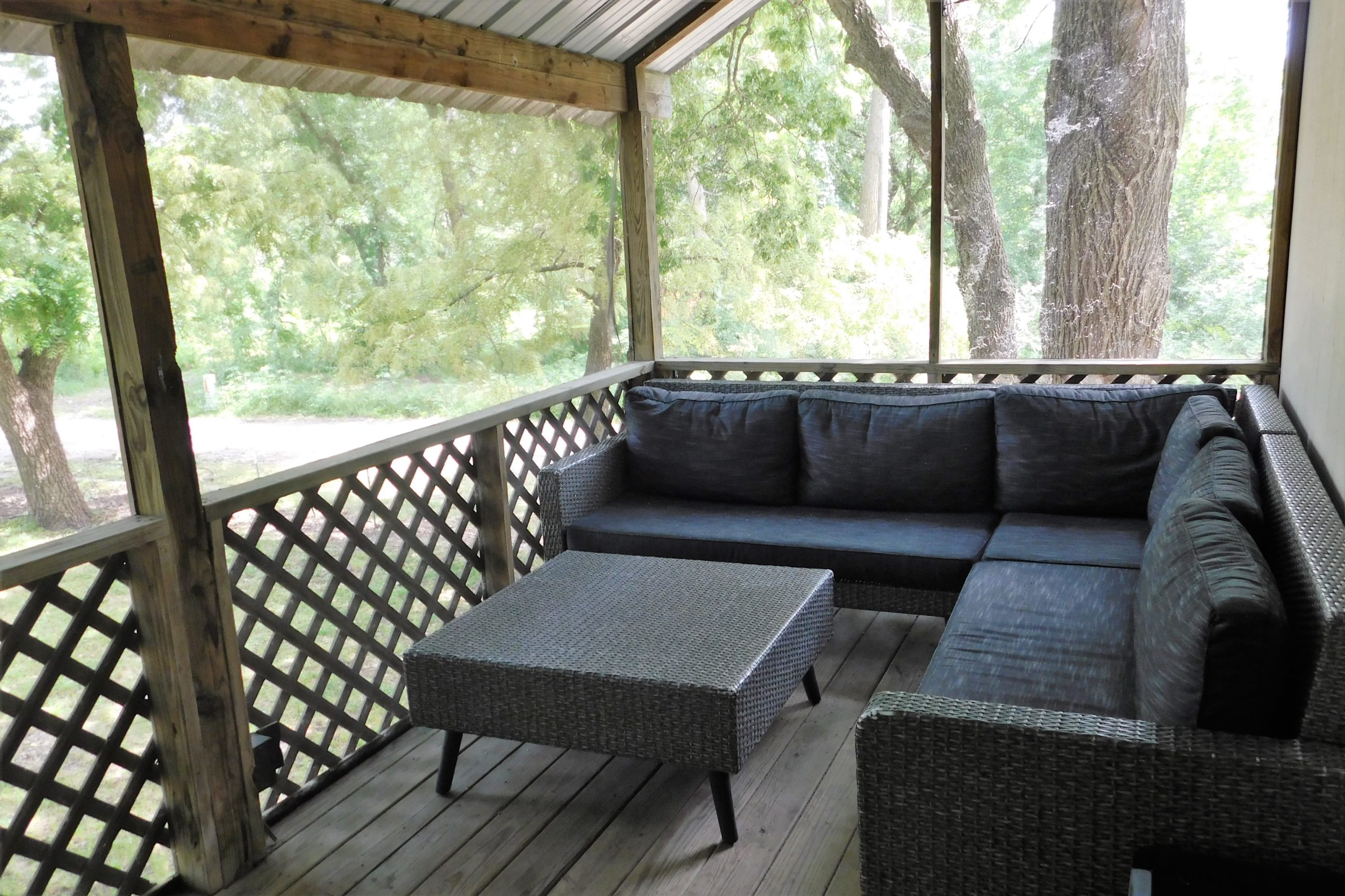 Screened-in Porch with Ample Seating