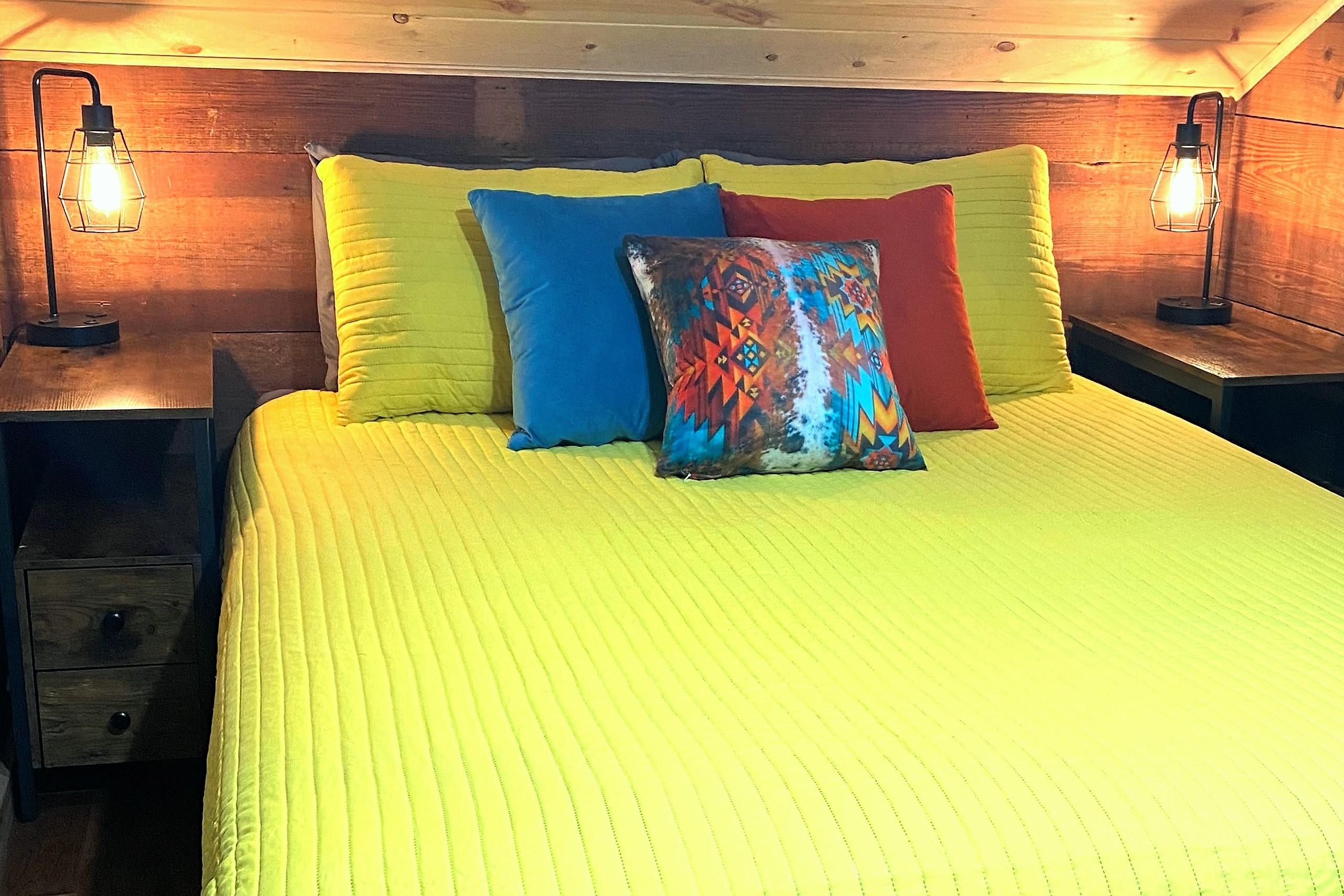Loft Bedroom with Queen Size Bed